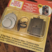 Fun bezel starter kit. Varied bezel size, shape.