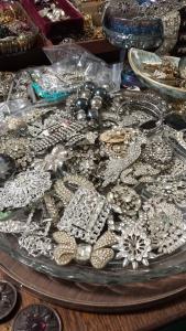 Inside Melinda Hutton's button jewelry studio!
